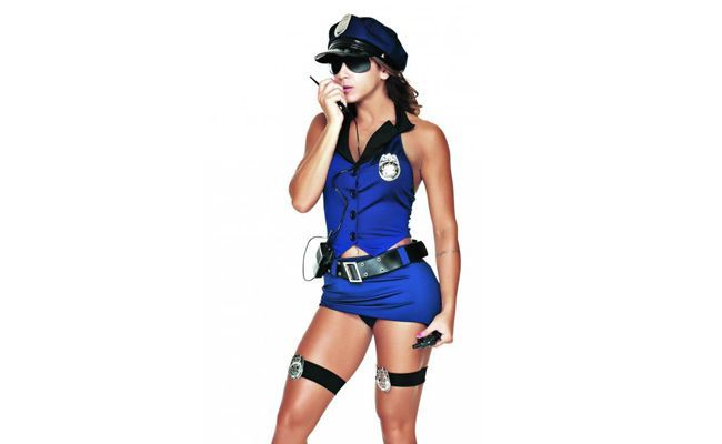 "Policial Federal – Sapeka por R$ 164,90 na <a href="" http://www.temestilo.com.br/produto-1564/sapeka/policial-federal-ref%3A-5226"" target=""_blank"">Tem Estilo</a>"