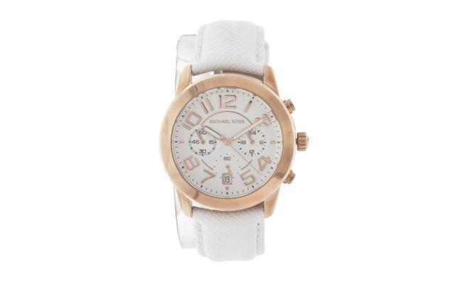"Relógio Michael Kors por R$ 1.650,00 na <a href=""http://www.dafiti.com.br/Relogio-Michael-Kors-MK22892BN-Branco-1371388.html"" target=""_blank"">Dafiti</a>"