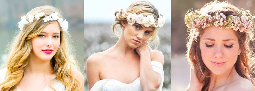 A coroa de flores é ideal como acessório para noivas românticas que se casam durante o dia.