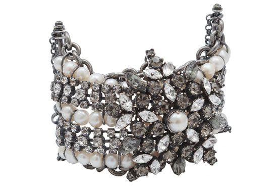<p>Bracelete Isabela Hector Albertazzi por R$498 na Loja OQvestir. </p>