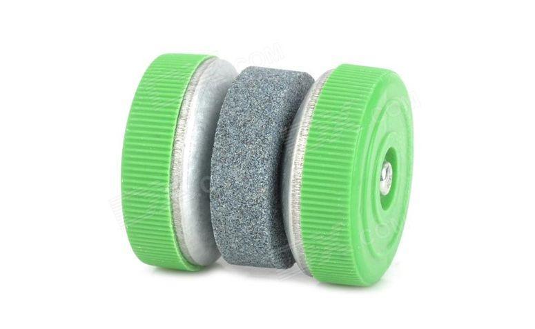 "Pedra de amolar por R$5,37 na <a href="" http://www.dx.com/pt/p/y-006-creative-round-kitchen-knife-whetstone-grey-green-234246?tc=BRL&gclid=CKnkmLztw8ECFZBi7AodpFAALA#.VEmFZ2ddW1E"" target=""blank_"">DX</a>"