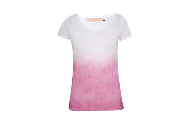 "Camiseta degradê em poliéster por R$99,90 na <a href=""http://bit.ly/1euhdYg"" target=""_blank"">Dafiti</a>"