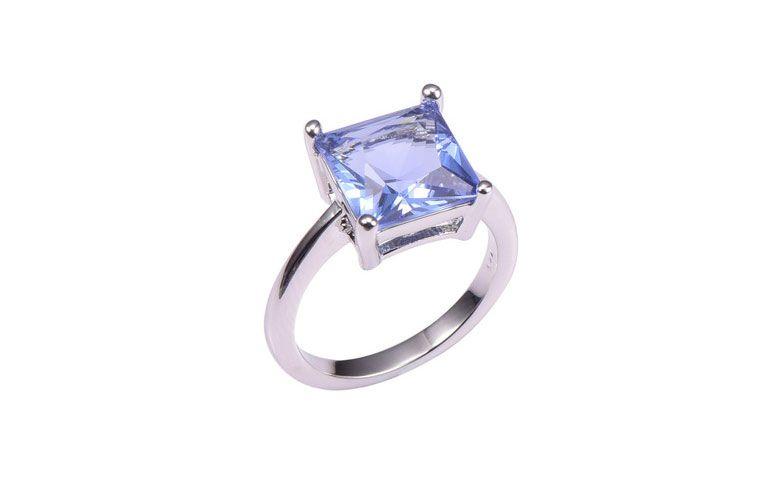 "Anel de prata com Tanzanite por U$ 49,98 no <a href=""http://ad.zanox.com/ppc/?29468903C12403682&ULP=[[http://pt.aliexpress.com/item/Classic-Style-Tanzanite-925-Sterling-Silver-Wedding-Party-Fashion-Design-Romantic-Ring-Size-5-6-7/32397954896.html]]"" target=""_blank"">AliExpress  </a>"