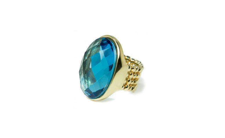 """Anel com quartzo azul por R$169,00 na <a href="""" https://www.carolnaderjoias.com.br/anel-semi-joias-bijuterias-folheados-anel-quartzo-azul/"""" target=""""blank_"""">Carol Nader Jóias</a>"""