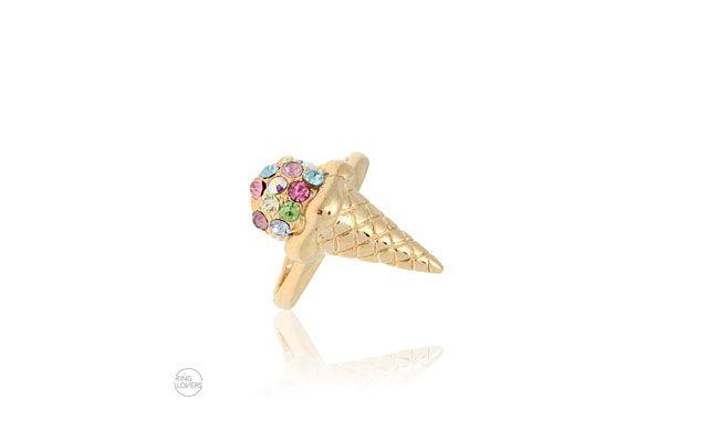 """Anel de falange sorvete por R$64,90 na <a href=""""https://ringlovers.com.br/index.php/anel-de-falange-sorvete-folheado-a-ouro-18k-com-cristais-coloridas.html """" target=""""_blank""""> Ring Lovers</a>"""