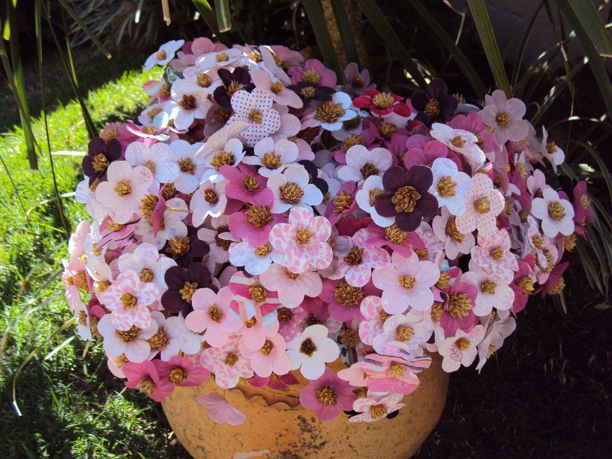 """Flor de pêssego em tecido por R$ 0,45 (unidade) no <a href=""""http://www.elo7.com.br/flor-de-tecido-flor-de-pessego/dp/47C89A#df=d&uso=o"""" target=""""_blank"""">Elo7</a>"""