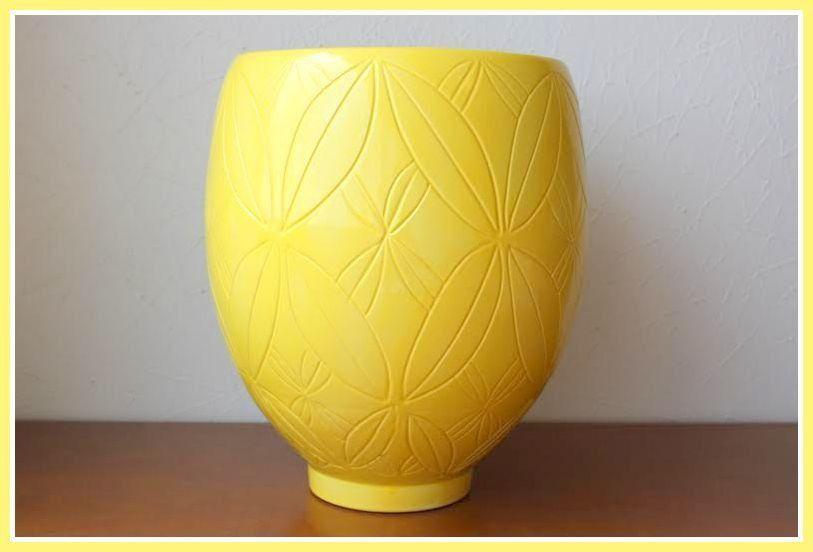 Żółty ceramiczny wazon przez R $ w Elo7