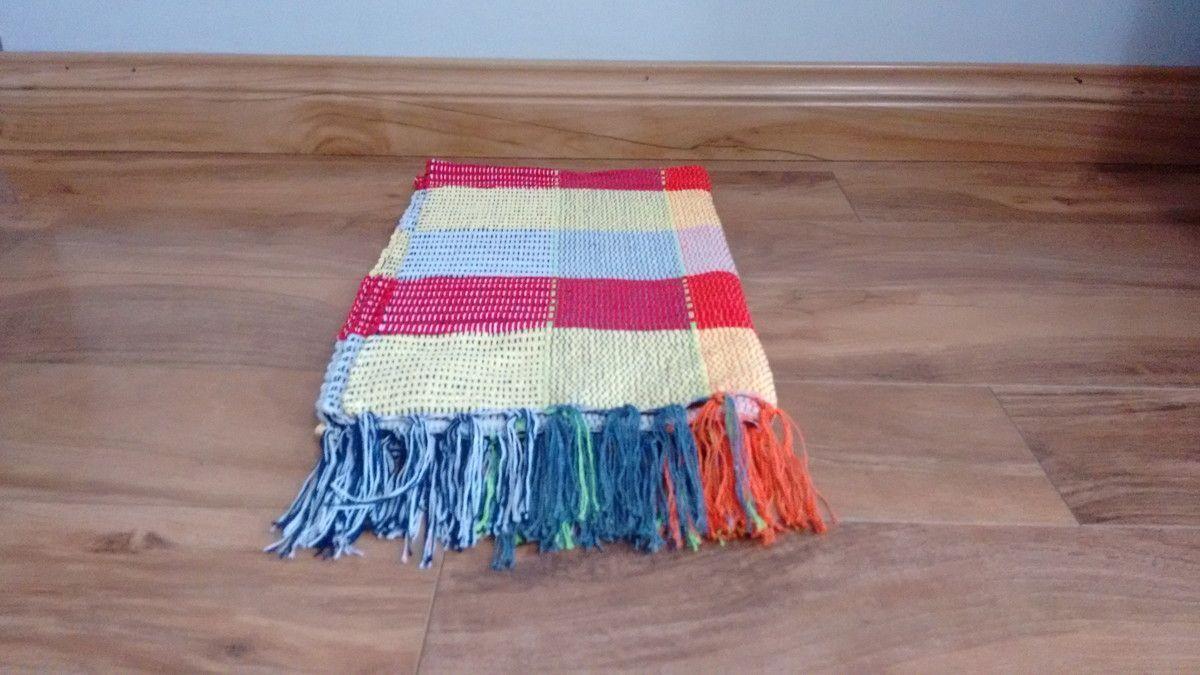 kolorowy dywan przez R $ 11,90 w Elo7