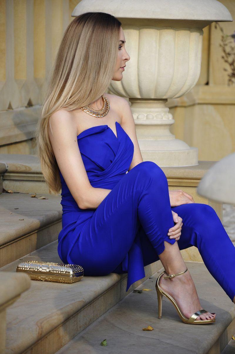 "Foto: Reprodução / <a href=""http://karinainfashionland.com/2015/10/cobaltblue.html"" target=""_blank"">Karina in Fashionland</a>"