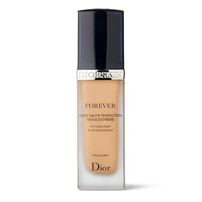 "Base Diorskin Dior por R$ 227,00 na <a href=""http://www.sephora.com.br/dior/maquiagem/face/base-diorskin-forever-flawless-perfection-fusion-wear-makeup-12163"" target=""_blank"">Sephora</a>"