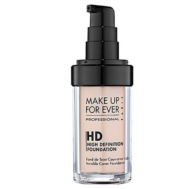 "Base High Definition Make Up Forever por R$ 177,00 na <a href=""http://www.sephora.com.br/make-up-for-ever/maquiagem/face/base-hd-invisible-cover-foundation-12273"" target=""_blank"">Sephora</a>"