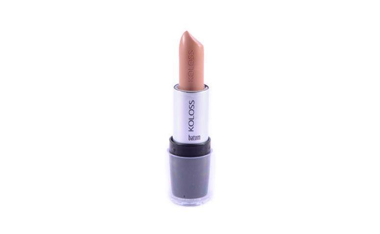 """Batom Cremoso Dolce Nude Koloss por R$8,99 na <a href=""""http://www.shopbela.com.br/batom-cremoso-koloss-p492/"""" target=""""_blank"""">ShopBela</a>"""