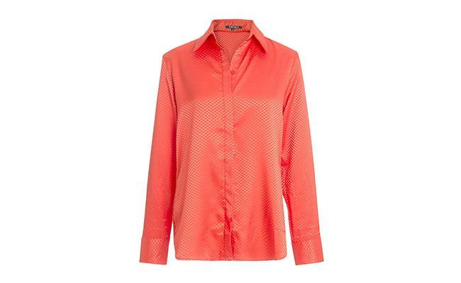 Shirt in coral satin for R $ 179.90 in Amaro