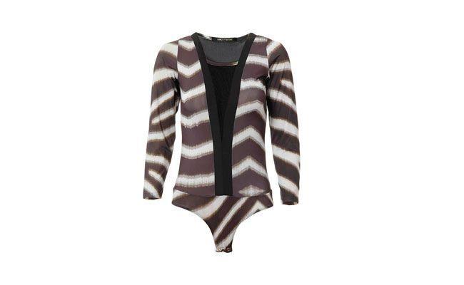 "Body tule por R$299,99 na <a href=""http://www.passarela.com.br/feminino/produto/6400583961/Body-Tule-Lanca-Perfume-02Bd035400---Color/"" target=""_blank""> Passarela</a>"