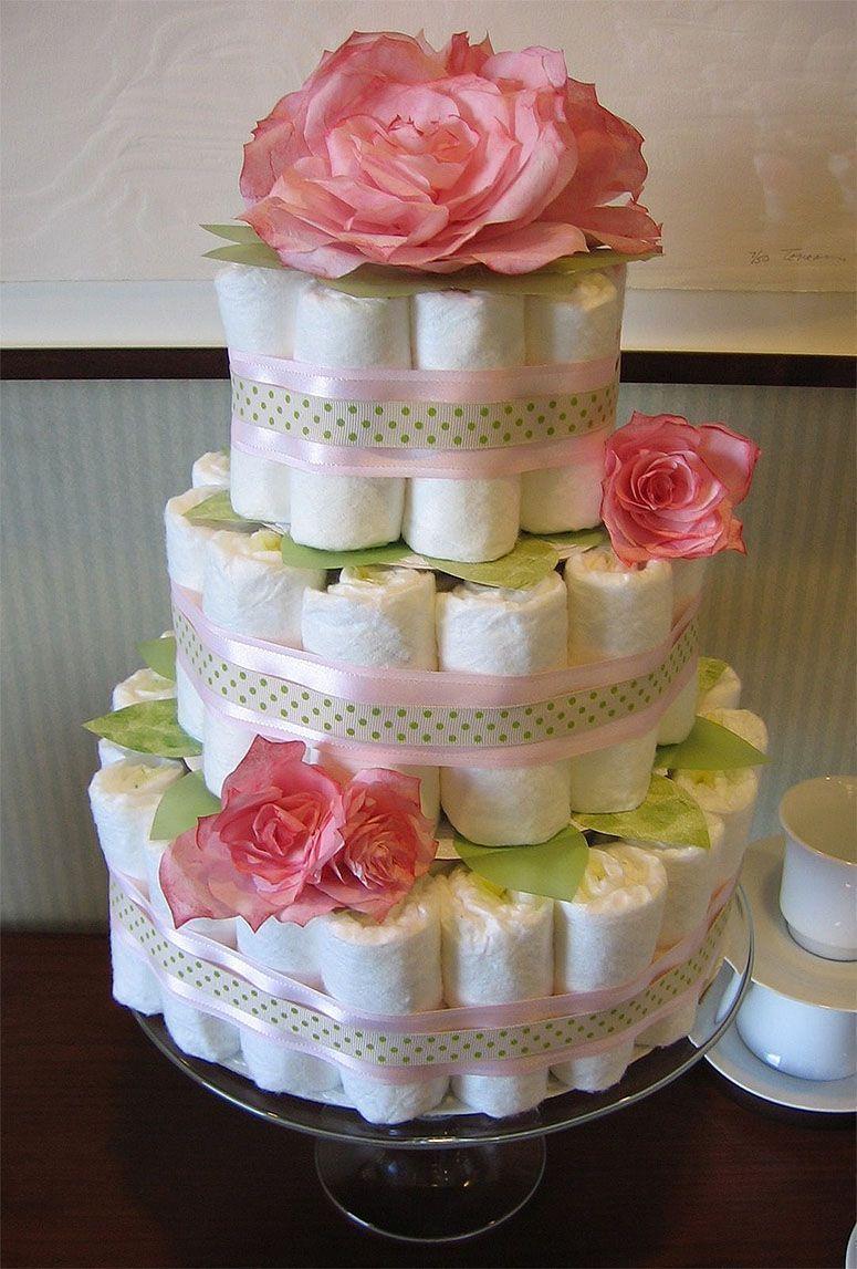 "Foto: Reprodução / <a href=""http://homemadebyjill.blogspot.com.br/2007/09/diaper-cake-tutorial.html"" target=""_blank"">Homemade by Jill</a>"