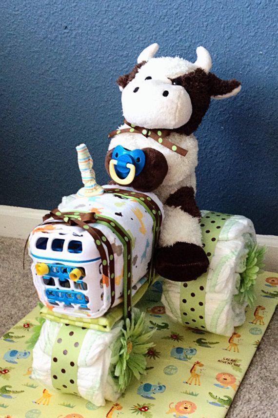 "Foto: Reprodução / <a href=""https://www.etsy.com/listing/195011169/tractor-diaper-cake"" target=""_blank"">Etsy</a>"