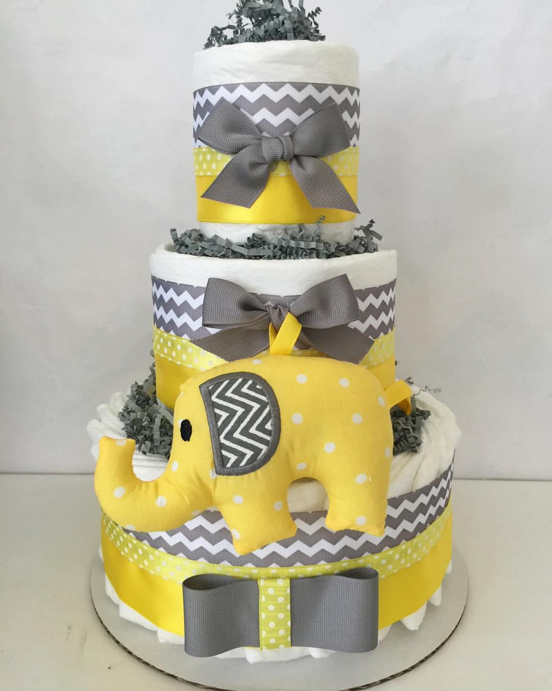 """Foto: Reprodução / <a href=""""https://www.instagram.com/p/BAfmKSqAC1n/"""" target=""""_blank"""">All diaper cakes</a>"""