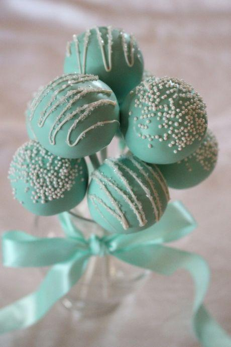 "Foto: Reprodução / <a href=""http://www.sweetlunadesserts.com/cake-pops/cakepop-gallery/img_0458/"" target=""_blank"">Sweet Luna Desserts</a>"