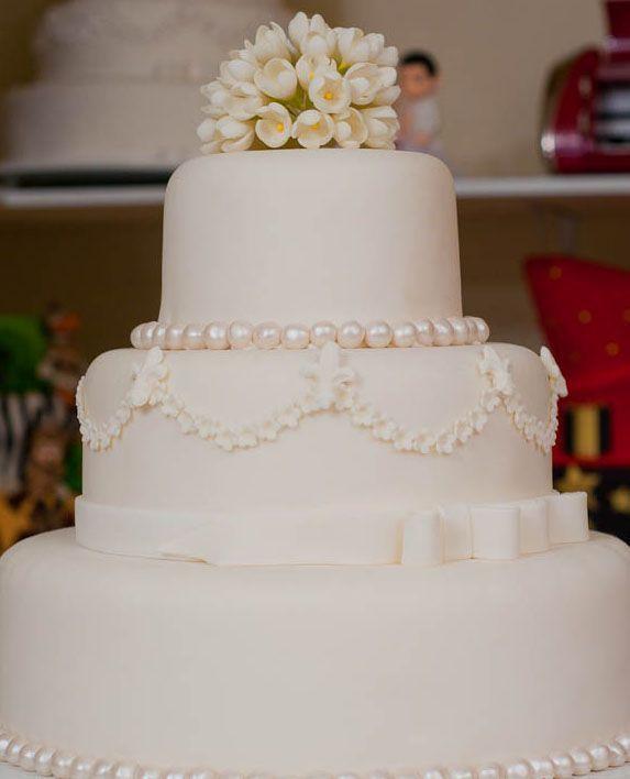 """Foto: Reprodução / <a href=""""http://cakedesigners.com.br/curso-de-bolos-decorados-online-com-roberta-pereira/"""" target=""""_blank""""> Cake Designers</a>"""
