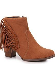 """Bota de franja cano curto Dakota por R$104,99 na <a href=""""http://www.passarela.com.br/passarela/produto/ankle-boots-feminina-dakota-castanho-6010374693-0"""" target=""""blank_"""">Passarela</a>"""