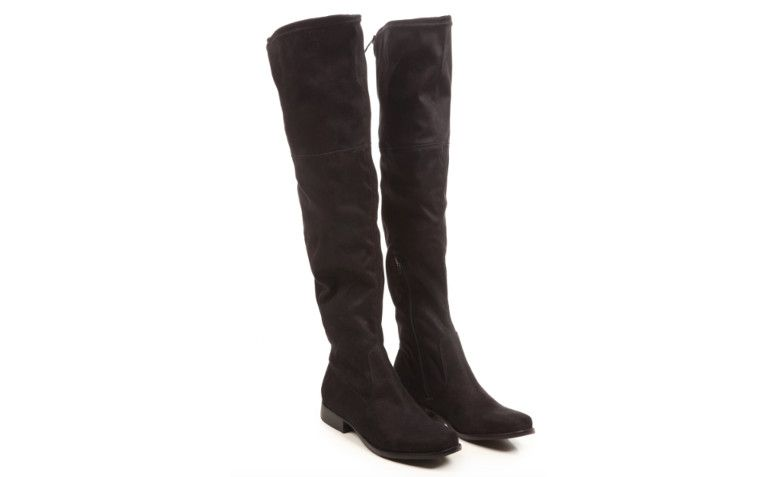 "Bota Over Knee Salto Baixo Preto Pop Up Store por R$ 399,90 na <a href=""http://www.e-closet.com.br/bota/bota-over-knee-salto-baixo-preto-pop-up-store-22395.html"" target=""blank_"">E-closet</a>"