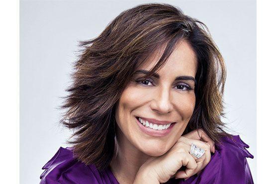 Na novela Guerra dos Sexos a atriz usa um estilo de cabelo bem repicado.