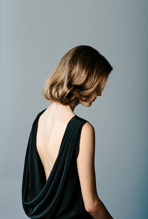 "Foto: Reprodução / <a href=""http://www.oncewed.com/diy/diy-faux-bob-wedding-hairstyle-for-long-hair/"" target=""_blank"">Once Wed</a>"