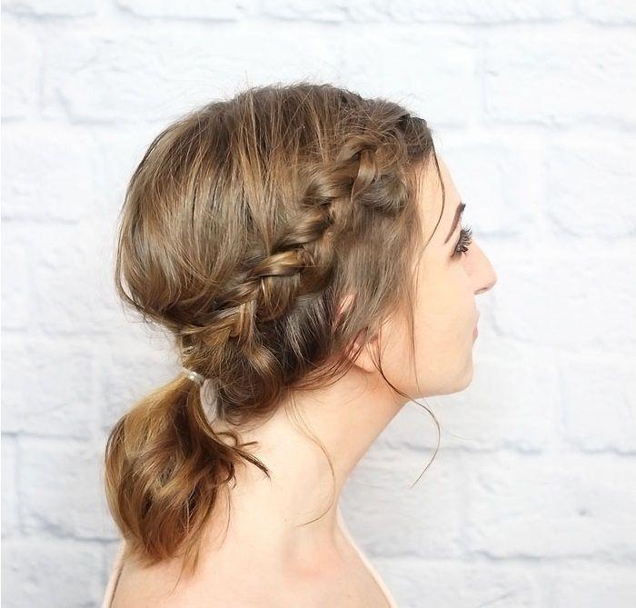 "Foto: Reprodução / <a href=""http://www.thewonderforest.com/2014/09/messy-braided-ponytail-for-shorter-hair.html"" target=""_blank"">Wonder Forest</a>"