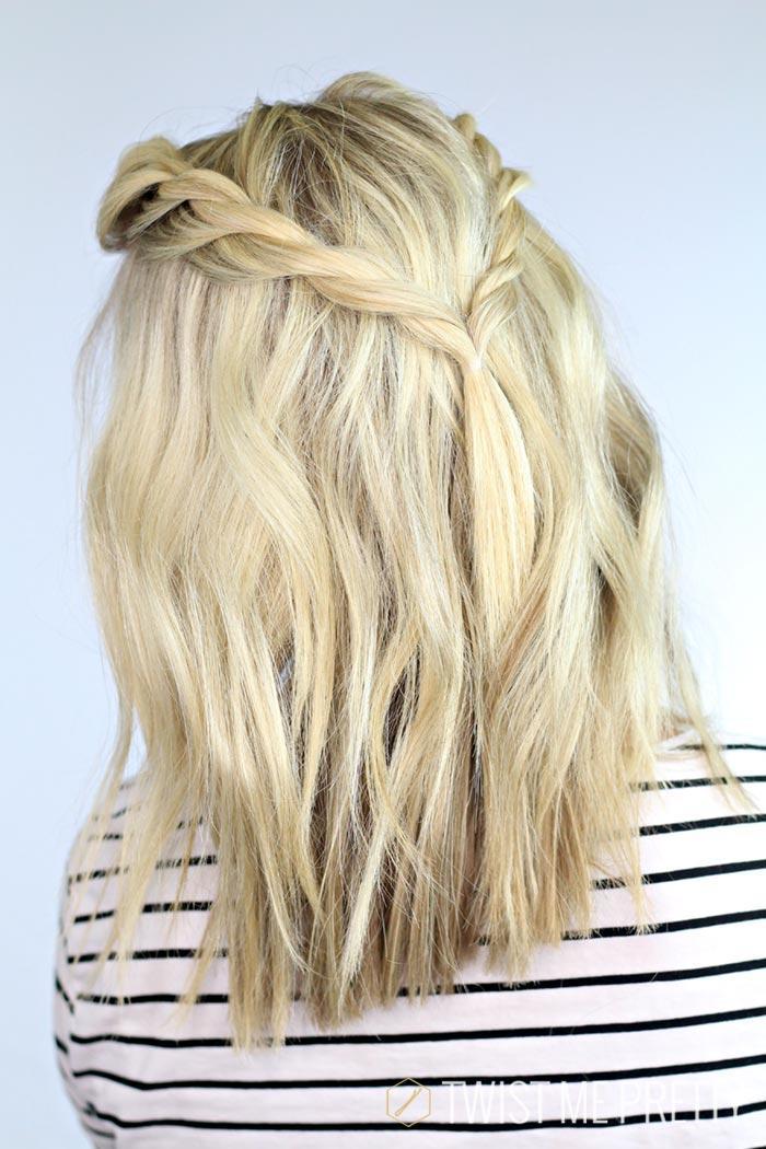 "Foto: Reprodução / <a href=""http://www.twistmepretty.com/2014/05/reign-hairstyle-1.html"" target=""_blank"">Twist me Pretty</a>"