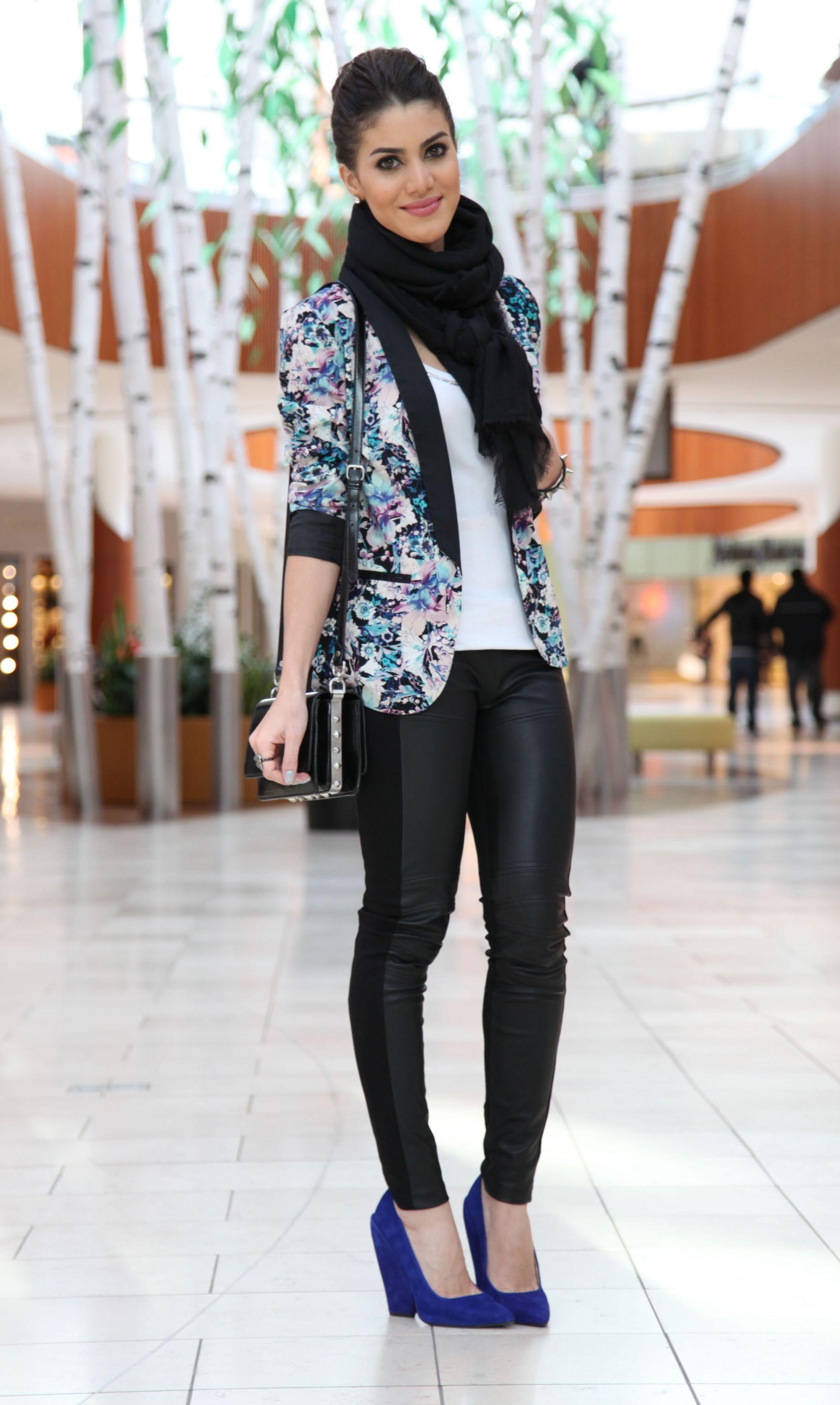 """Foto: Reprodução / <a href=""""http://camilacoelho.com/2013/01/10/look-do-dia-floral-blazer/"""" target=""""_blank"""">Camila Coelho</a>"""