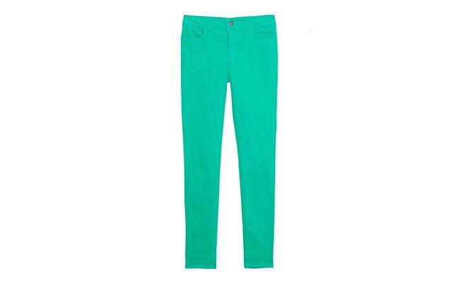 """Calça verde Pop Up Store por R$128 na <a href=""""http://www.oqvestir.com.br/calca-skinny-color-verde-34806.aspx/p"""" target=""""blank_"""">OQVestir</a>"""
