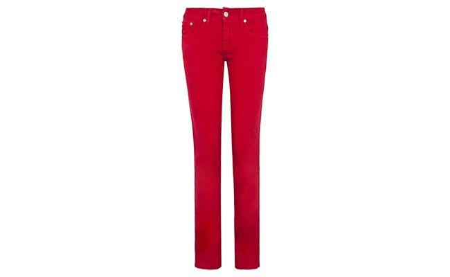 "Calça vermelha Mandi por R$199 na <a href=""http://www.dafiti.com.br/Calca-Jeans-Mandi-Skinny-Perfect-Vermelha-1402627.html"" target=""blank_"">Dafiti</a>"