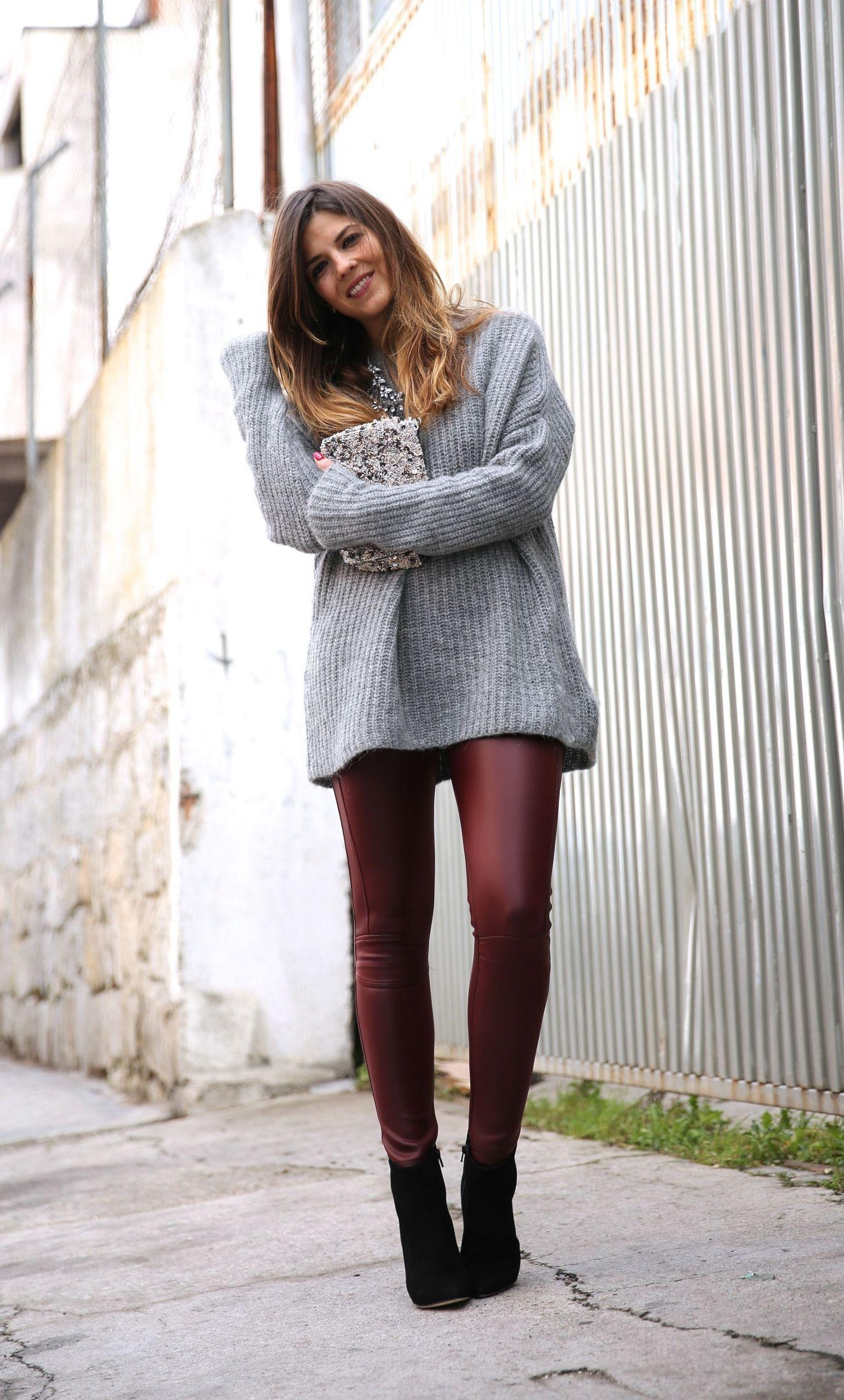 "Foto: Reprodução / <a href=""http://www.trendytaste.com/burgundy-leather-leggings/"" target=""_blank"">Trendy Taste</a>"