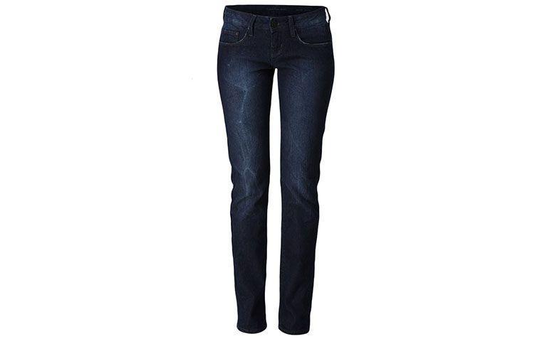 "Calça jeans reta Calvin Klein Jeans por R$131,40 na <a href=""http://ad.zanox.com/ppc/?29469661C54125010&ULP=[[http://www.glamour.com.br/calca-calvin-klein-jeans-5-pkts-escura-marinho-404111/p?cmp=718&utm_campaign=home_hu&utm_source=zanox_zanox&utm_medium=zanox&utm_content=]]"" target=""blank_"">Glamour</a>"