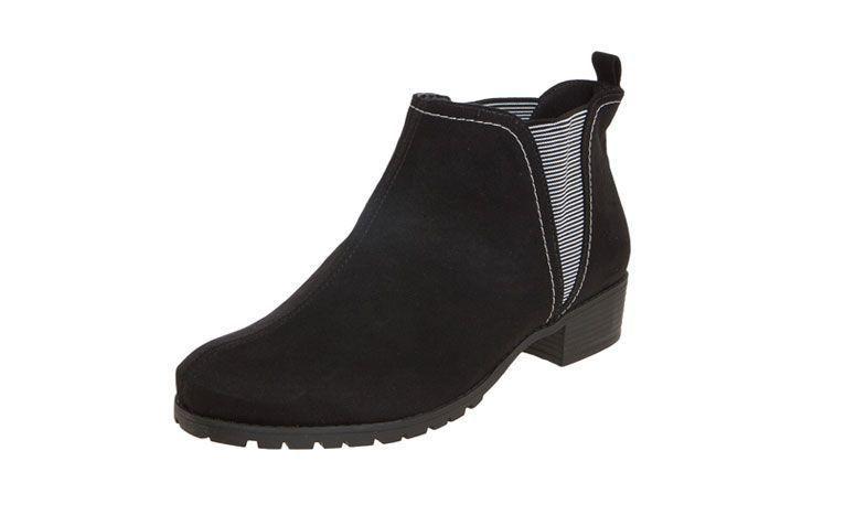 Moleca Boot Cut untuk US $ 62,99 di Dafiti