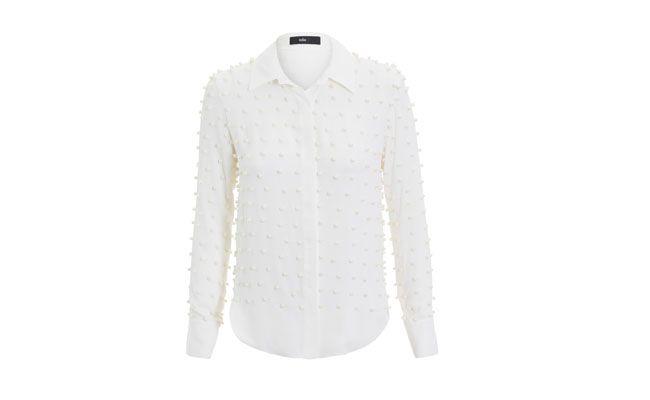 "Camisa com pérolas por R$597,00 na <a href=""http://www.shop2gether.com.br/camisa-georgette-trevor.html"" target=""_blank""> Shop2gether</a>"