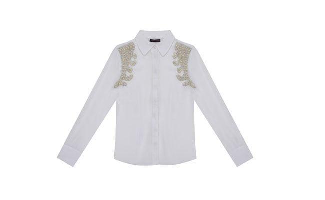 """Camisa com pérolas PatBo para C&A por R$169,00 na <a href=""""http://www.cea.com.br/moda-feminina/camisa-14577/"""" target=""""_blank""""> C&A</a>"""