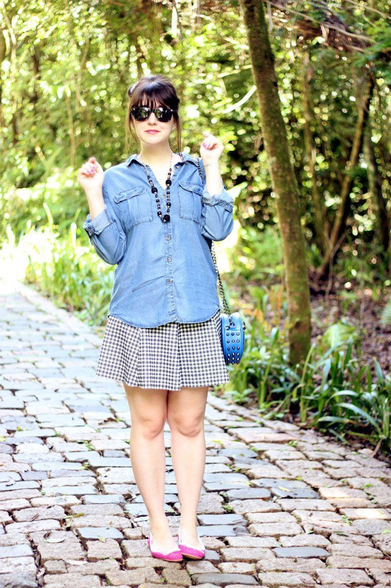 """Foto: Reprodução / <a href=""""http://melinasouza.com/2013/12/05/look-at-me-pink-shoes-in-the-wood/"""" target=""""_blank"""">Serendipity</a>"""