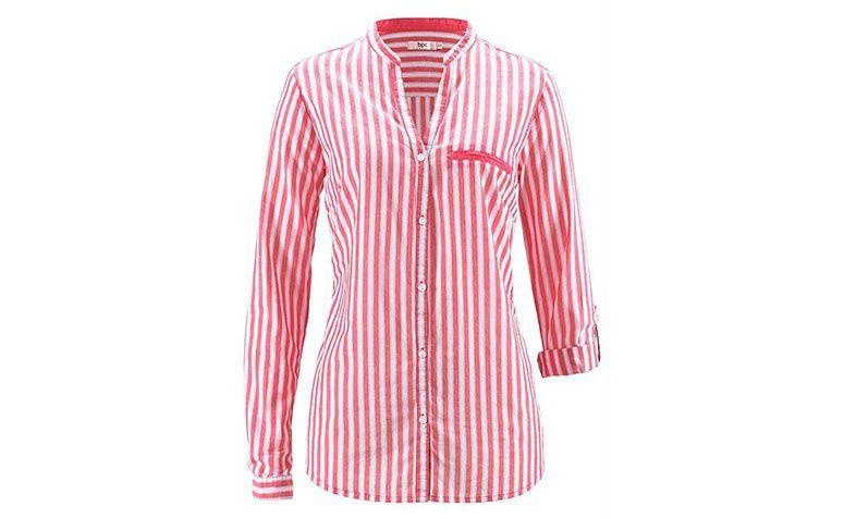 red striped shirt and white Bon Prix for R $ 69.90 in Posthaus