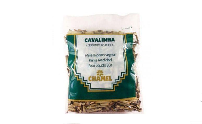 """Chá de cavalinha Chamel por R$3,00 na <a href=""""http://www.ophicinadesaude.com.br/cavalinha-chamel"""" target=""""blank_"""">Ophicina de Saúde</a>"""