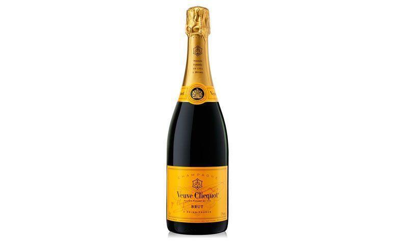 "Champagne Veuve Clicquot Brut por R$329,90 na <a href=""http://www.casadabebida.com.br/champagne/champagne-veuve-clicquot-brut/"" target=""blank_"">Casa da Bebida</a>"