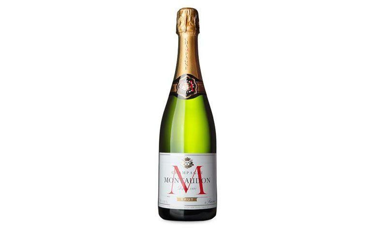 "Champagne Montaudon Brut por R$140 na <a href=""https://www.wine.com.br/vinhos/champagne-montaudon-brut/prod3170.html"" target=""blank_"">Wine</a>"