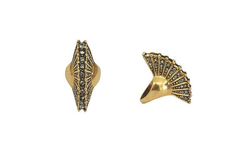 großer vergoldeter Ring und Strass für $ 86 bei La Valentina
