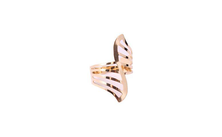 "Maxianel vazado banhado a ouro por R$38 na <a href=""http://www.ludora.com.br/Anel-Camilla-AGan012?filter_tag=anel"" target=""_blank"">Ludora Boutique</a>"