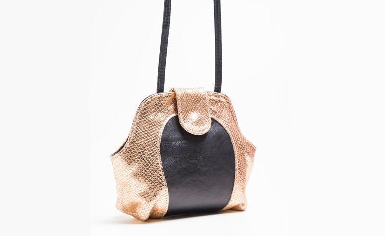 Taylor bag rose by R $ 380.00 in Lepreri
