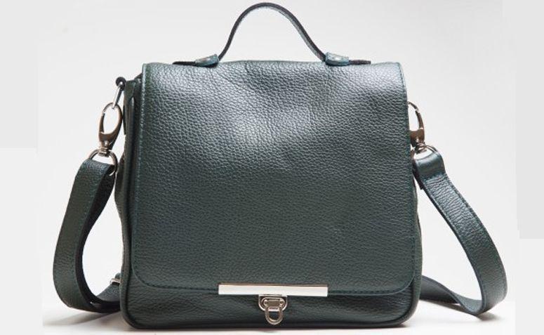 """Bolsa Alice verde por R$460,00 na <a href=""""http://lepreri.com.br/loja/alice/alice-verde/"""" target=""""_blank"""">Lepreri</a>"""