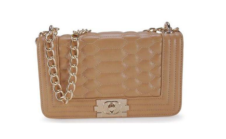 "Bolsa pequena bege Madame Marie por R$129,99 na <a href=""http://www.anita.com.br/produto/Bolsa-Madame-Marie-MULTICOLORIDO-95172?atributo=173:MULTICOLORIDO"" target=""_blank"">Anita</a>"