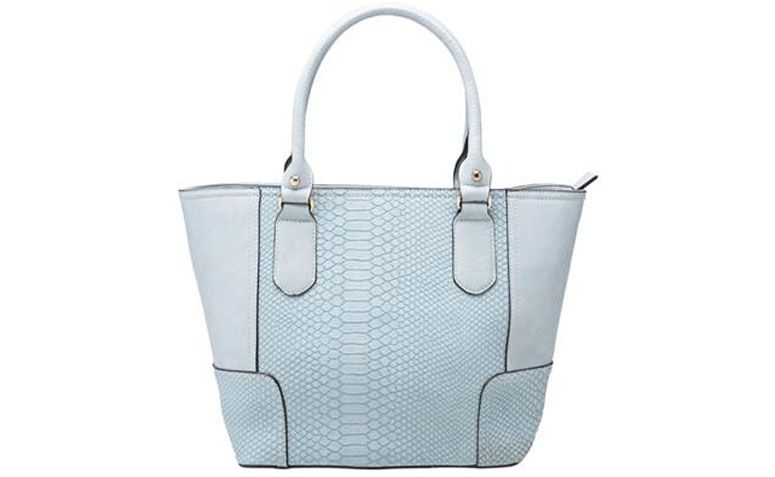 clear blue bag Madame Marie for R $ 209,90 in Anita