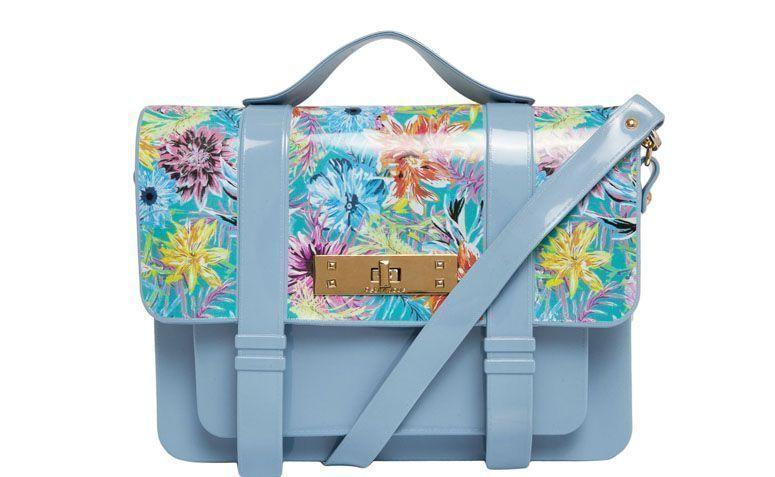 Bag blue flowers strips Petite Jolie for R $ 149.99 in Dafiti