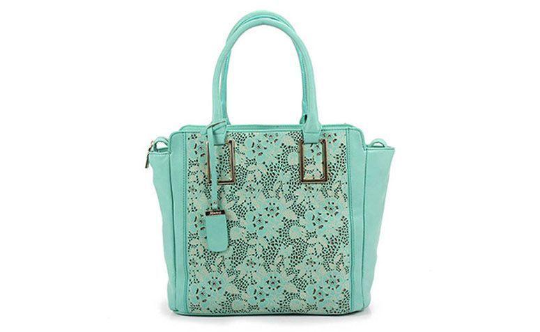 Green Vitorino Maské bag for $ 99.99 on the Catwalk
